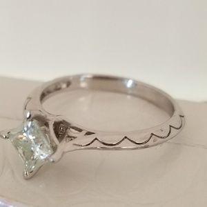 Jewelry - MOISSANITE RING